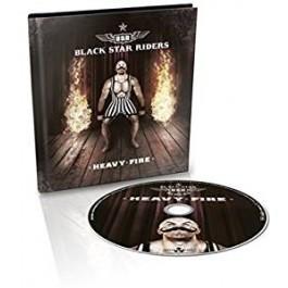 Heavy Fire [Digibook] [CD]
