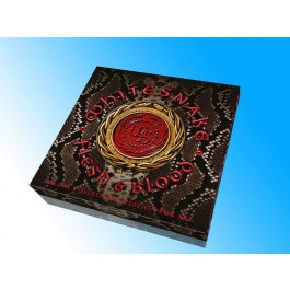 Flesh & Blood [Deluxe Box] [2LP+CD+DVD+Merch]